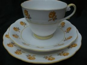 Royal Standard Yellow roses tea trio